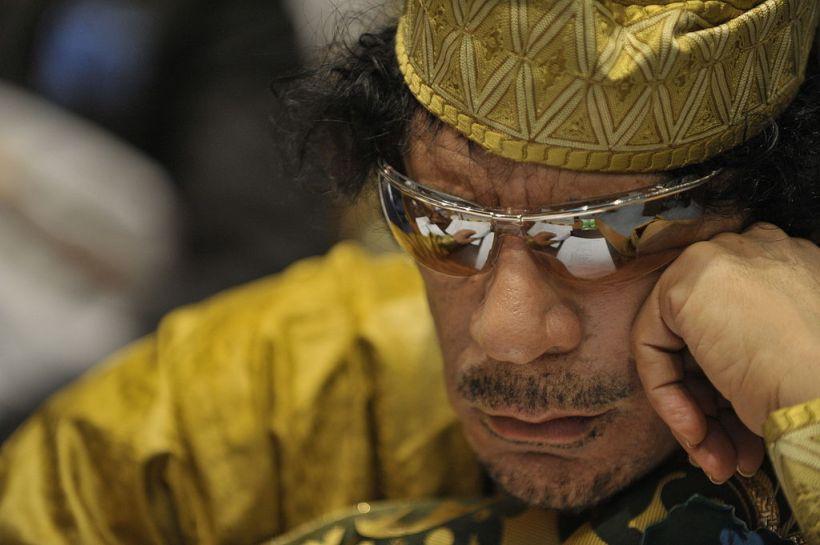 1024px-muammar_al-gaddafi_12th_au_summit_090202-n-0506a-324