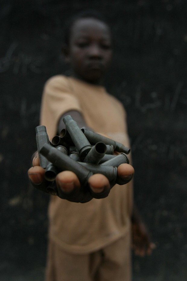 Demobilize_child_soldiers_in_the_Central_African_Republic.jpg